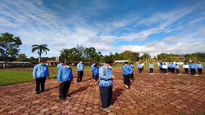 Bupati Darwis Tegaskan ASN dan Tenaga Honorer Disiplin dalam Berkerja