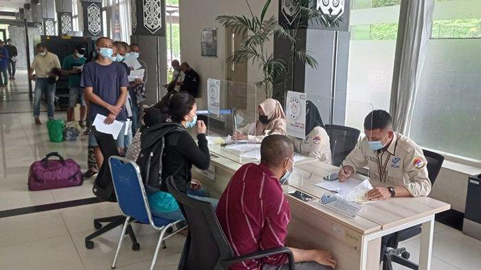 Ratusan Pekerja Migran Indonesia Dideportasi Lewat PLBN Entikong