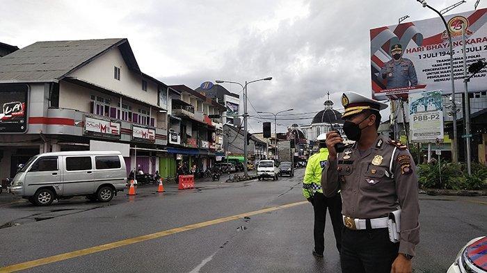 Polisi Lakukan Rekayasa Lalu Lintas 2 Kali Sehari Di Pontianak, Berikut Daftar Jalan yang Dialihkan