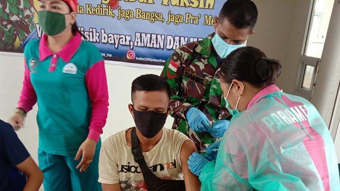 Masyarakat di 6 Desa Kecamatan Kalis Antusias Untuk Divaksin