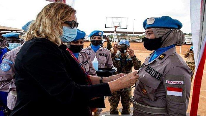 Polwan Pontianak Terima Penghargaan dari PBB, Wakili Satgas FPU 2 Minusca Di Afrika Tengah