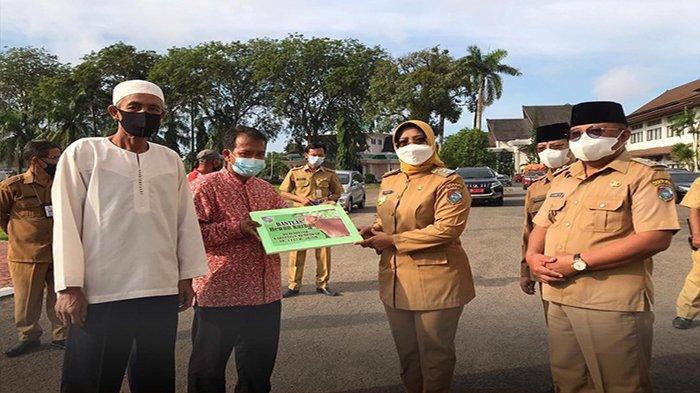 Idul Adha Ditengah Pandemi, Bupati Erlina: Maknai Hari Raya Kurban dengan Melatih Keikhlasan