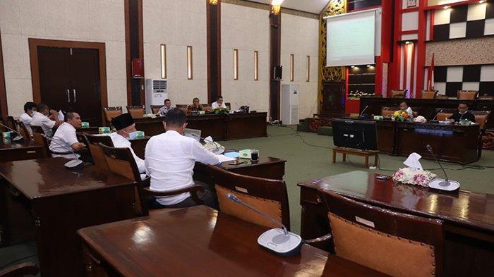 Pansus Gelar Rapat Gabungan Bahas 5 Raperda