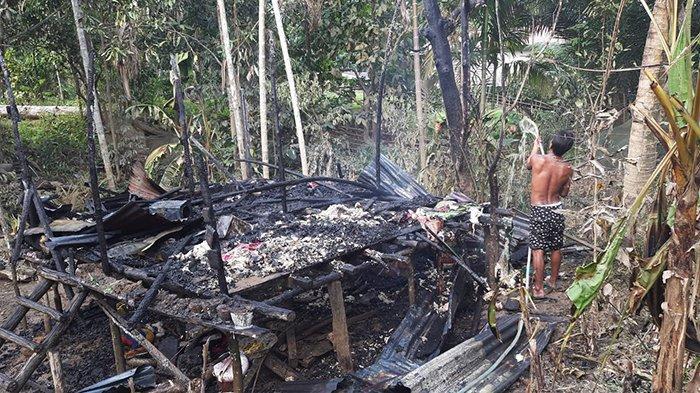 Rumah dan Harta Benda Warga Kayan Hulu Sintang Ludes Terbakar Kurang dari 15 Menit