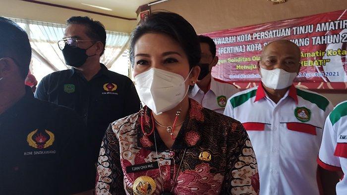 Pemkot Bangun Jaringan Listrik Untuk Warga Mantoman dan Mencong, Wako : Visi Misi Singkawang Hebat