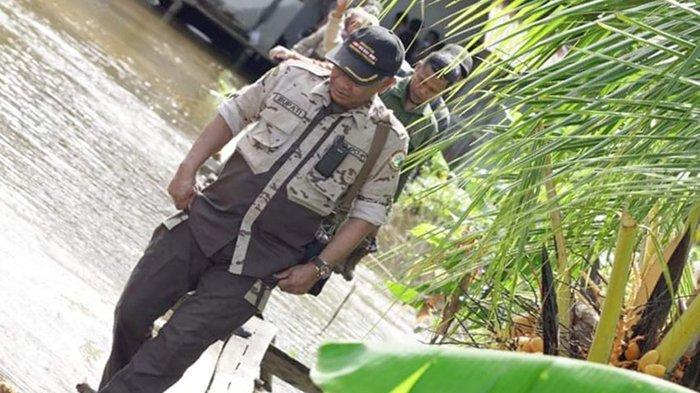Martin Sampaikan Program Kerja Sekaligus Serahkan Bantuan untuk Warga yang Terdampak Banjir