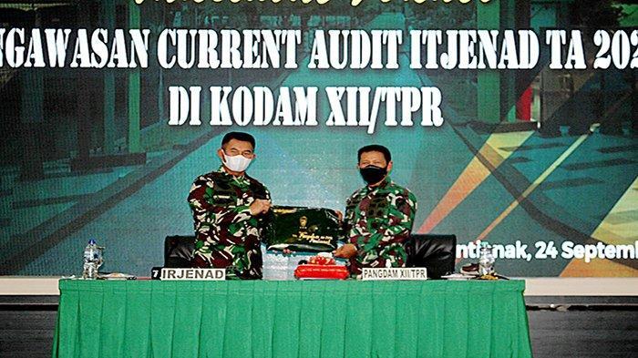 Pangdam XII Terima Taklimat Akhir Wasrik Current Audit Itjenad TA 2021