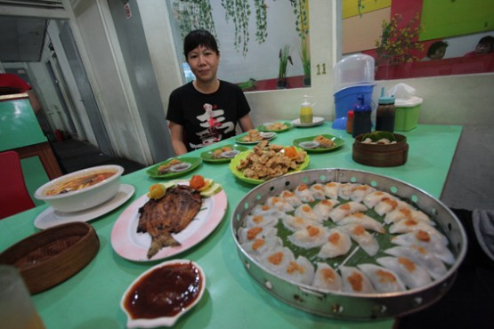Chai Kue Goreng Kriuk di Gleam Cafe
