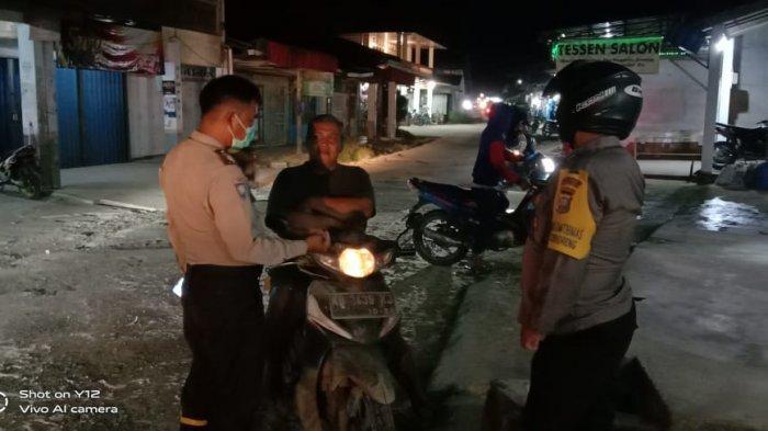 Petugas Piket SPKT Gelar Patroli Malam, Cegah Kejahatan Malam Ditengah Pandemi Covid-19