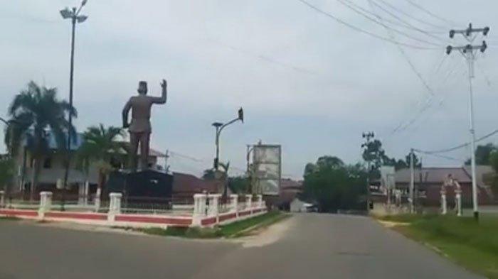 BREAKING NEWS - Acara Adat Balala' Cegah Corona di Landak Sukses, Lihatlah Potret Kota Intan Hening - acara-adat-balala-atau-bapantang-2.jpg