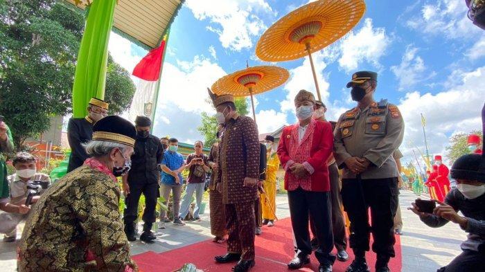 Kapolres Sanggau Ade Ridwan Kuncoro Hadiri Ritual Paradje Pesaka Negeri Sanggau 2021