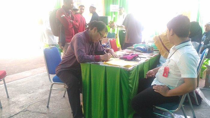 Ahmad Suroso Ikut Donor Darah di Pondok Pesantren Darrun Na'im