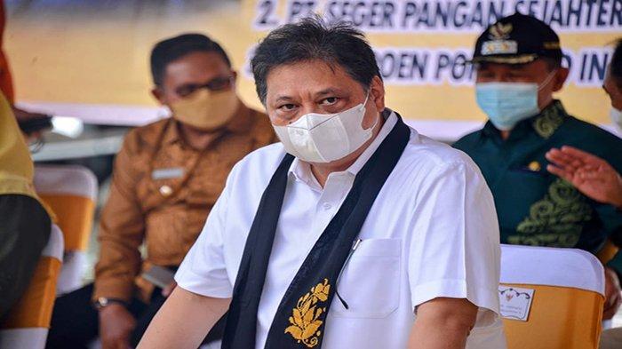 Menteri Koordinator Bidang Perekonomian Airlangga Hartarto dalam kunjungan kerja di Provinsi Gorontalo