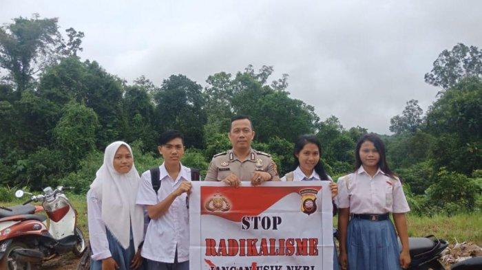 Polsek Meranti Ajak Pelajar Cegah Paham Radikalisme, Gelar Patroli Sambang ke Sekolah