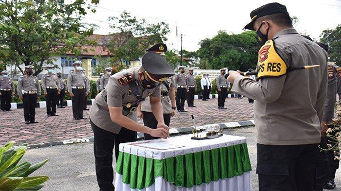 Kapolres Ventie Bernard Musak Pimpin Upacara Sertijab Kasat Lantas Polres Sintang