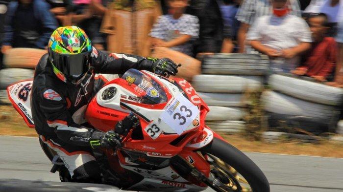 Honda CBR 250 RR Tangguh di Lintasan Balap Motor New Normal Protokol 2020, Ricky Halim Sukses Podium