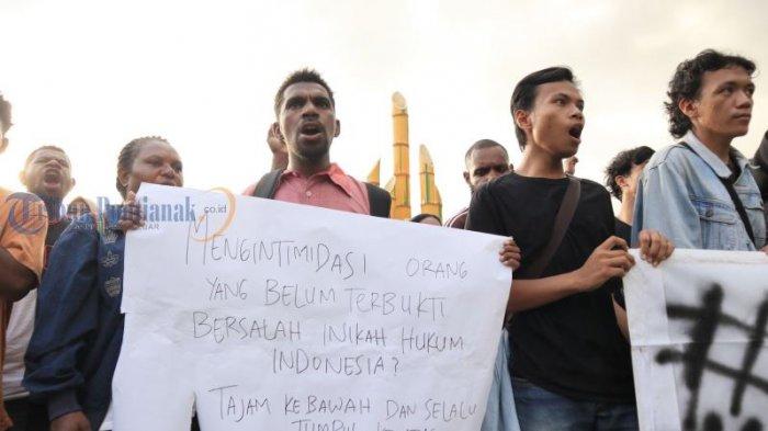 Kecam Penetapan Status FN Terburu-buru, Mahasiswa Fisip Untan Gelar Aksi Solidaritas - aksi-solidaritas_20180531_193608.jpg