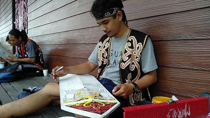 Lomba Melukis Perisai di Pekan Gawai Dayak ke 34 Pontianak, Hewan dan Tumbuhan Ini Jadi Tema Utama