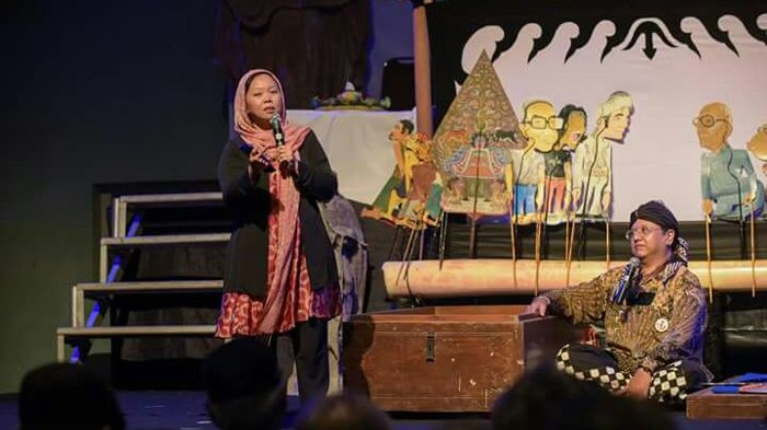 Alissa Wahid Pidato di Depan Alumni SMA Kolese de Britto Yogyakarta