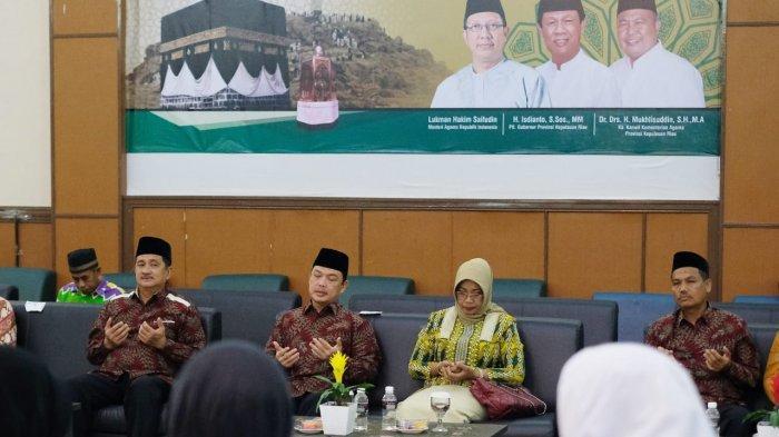 Jamah Haji Kapuas Hulu Kloter 12 Tiba di Embarkasi Batam