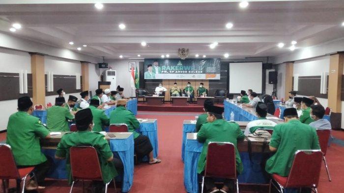 Suasana Penutupan Rapat Kerja wilayah ke- 2 Gerakan Pemuda Ansor Kalimantan Barat yang dihelat selama tiga hari, Senin 11 hingga Rabu 13 Oktober di Aula Hotel Merpati, Rabu 13 Oktober 2021