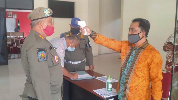 Satpol PP Gelar Operasi Implementasi Pergub Nomor 110 Tahun 2020 di Lingkungan Pemprov Kalbar