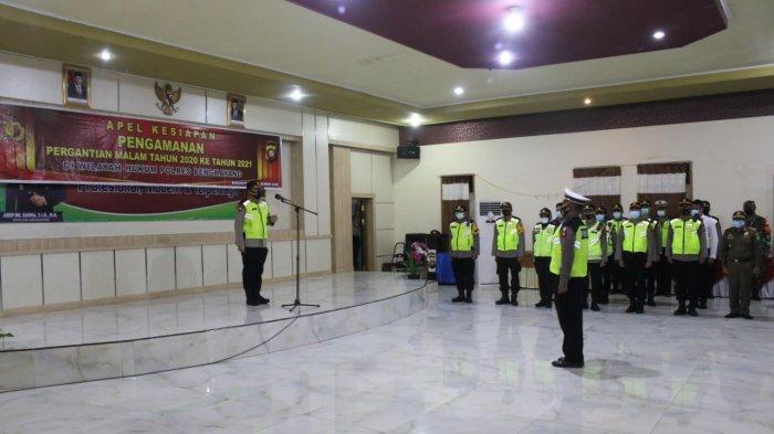 Personel Gabungan Lakukan Apel Bersama Pengamanan Malam Tahun Baru di Bengkayang