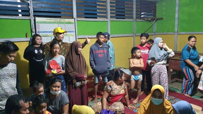 Anggota DPRD Kalbar, Arief Rinaldi Bawa Dokter ke Lokasi Banjir di Mempawah