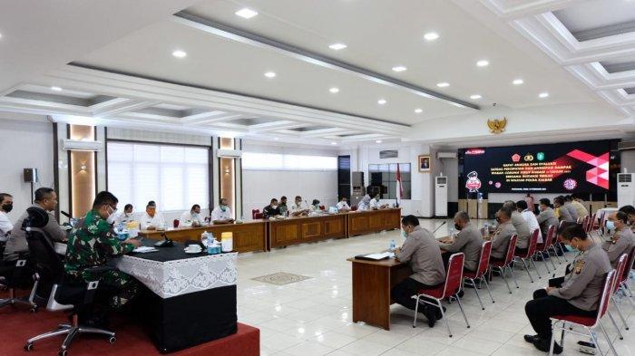 Wakapolda Brigjen Pol Asep Safrudin pimpin rapat Analisa dan evaluasi Satgas penanganan Covid-19, Rabu 10 Februari 2021