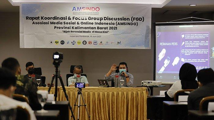 Admin Medsos Se-Kalbar Ikuti Pelatihan AMSINDO, Angkat Tentang Bijak Bersosial Media di Masa Kini