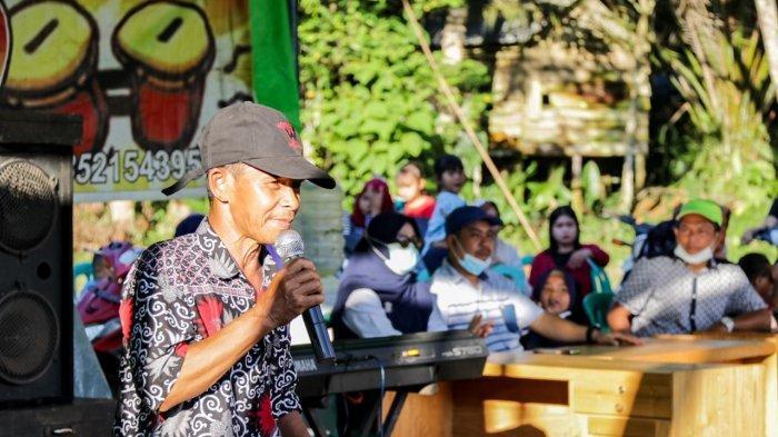 Tokoh Masyarakat Desa Mensubang Nilai Junaidi Sosok Pemimpin Merakyat