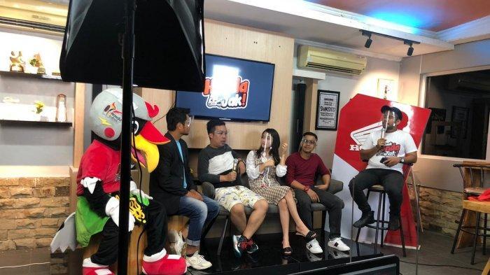 Astra Motor Kalimantan Barat bersama Influencer dan Selebgram Kalimantan Barat menggelar event Live Streaming di Instagram