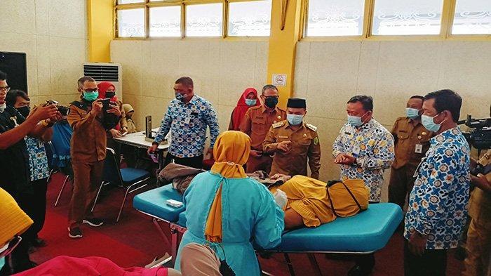 Bupati Atbah Hadiri Launching Pelayanan KB MKJP