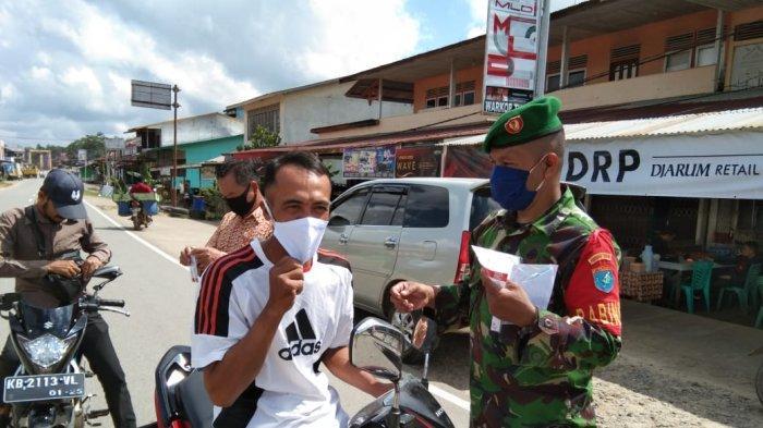 Satgas Covid-19 Nanga Taman Kampanyekan 3M, Babinsa Serda Ruslan Umanailo Sebut Pentingnya Prokes