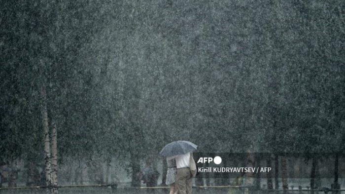 CUACA ESKTREM Hari Ini Rabu 15 September 2021 & Wilayah Potensi Dilanda Hujan Lebat Angin Kencang