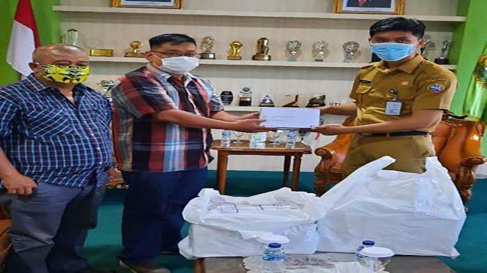 DPW LPM Provinsi Kalbar Distribusikan Masker Bantuan dari Pemkot Pontianak