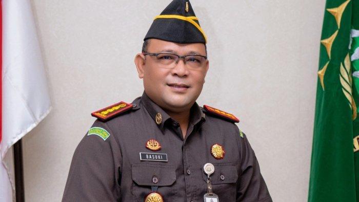 Kejari Pontianak Tangani 5 Berkas Kasus Korupsi dan Tuntut Hukuman Mati Tersangka Kasus KDRT Berat