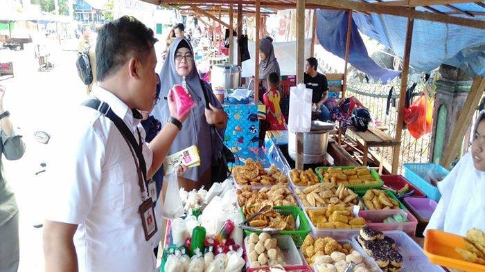 Pemda Gelar Bazar Sembako Murah di Putussibau