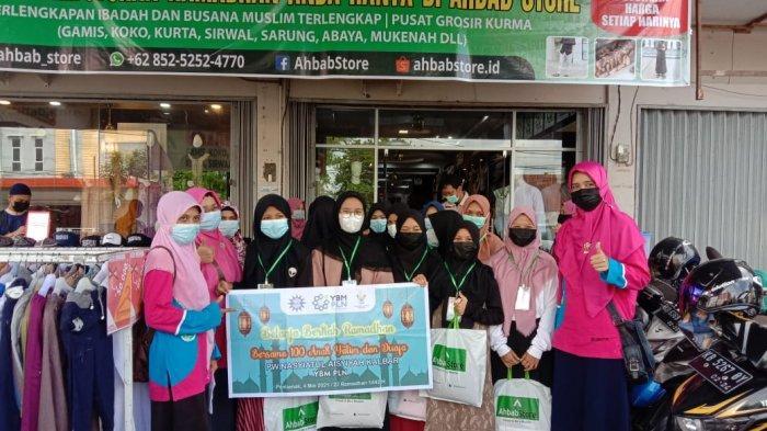 Sambut Idul Fitri, YBM PLN Kalbar Ajak Anak Yatim Piatu dan Duafa Belanja Baju Lebaran