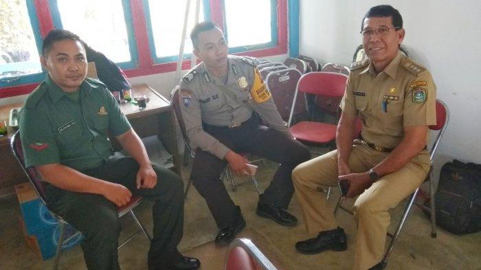 Dalam Rangka Harkamtibmas, TNI-Polri Sambangi Camat Belitang