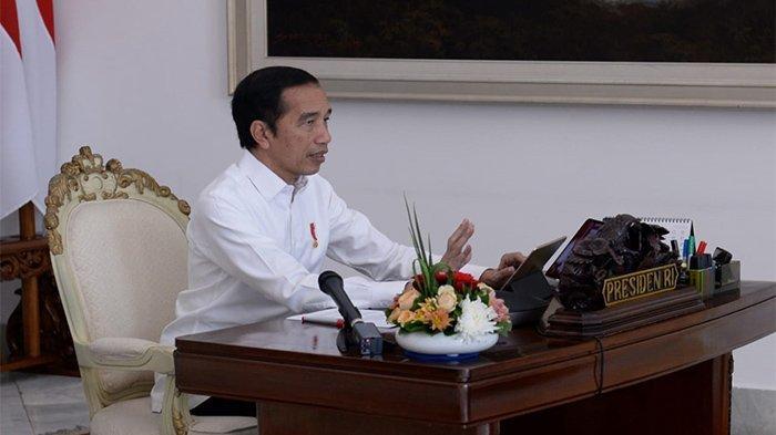 Tinjau Panen Padi di Indramayu, Jokowi: Tahun Ini Tak Ada Impor Beras Jika Hasil Panen Bagus