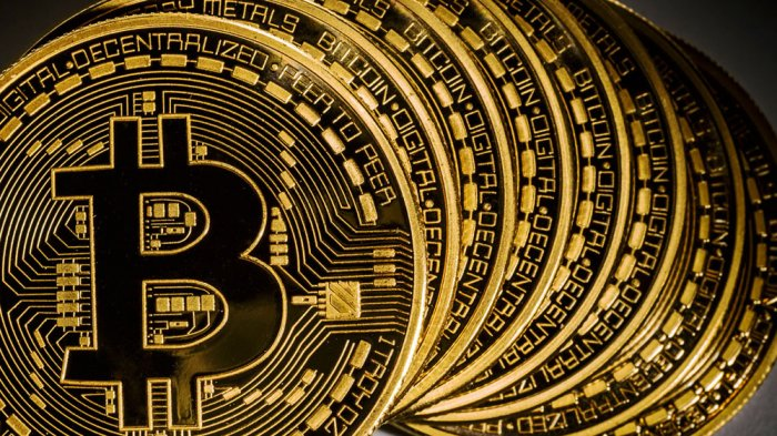 Harga Bitcoin dan Mata Uang Kripto Lain Kompak Anjlok pada Jumat