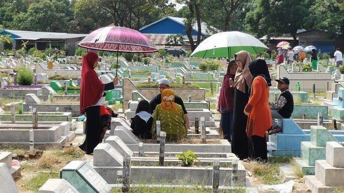 Bolehkah Ziarah Kubur Dalam Keadaan Haid? Tata Cara Ziarah Kubur & Doa Ziarah Kubur Sebelum Ramadhan