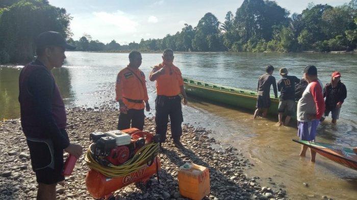 Satu Penumpang Longboat Karam Dinyatakan Hilang, Tim BPBD Kapuas Hulu Lakukan Pencarian