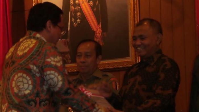 Kronologi OTT KPK di Kalimantan Selatan: Sang Bupati Ditangkap Saat Pimpin Rapat