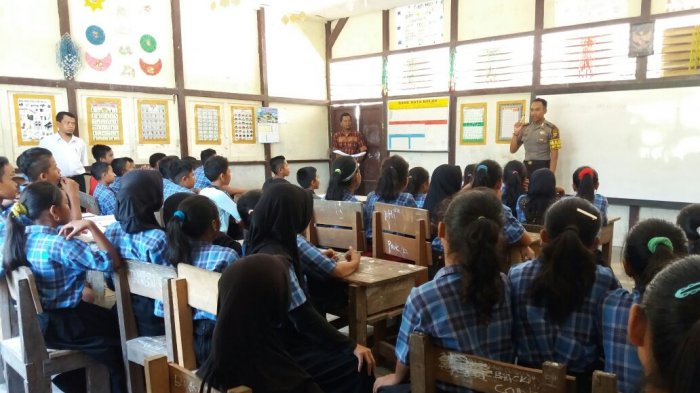 Kapolres Apresiasi Anggotanya yang Bantu Mengajar di Sekolah