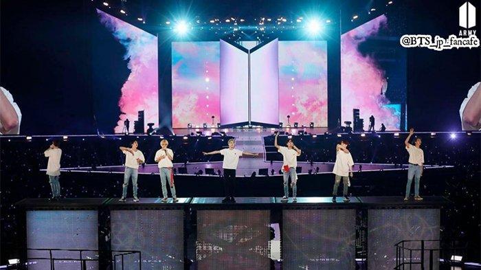 Fenomena Awan Langka Warnai Langit Jepang di Konser BTS, RM Sebut Sangat Indah