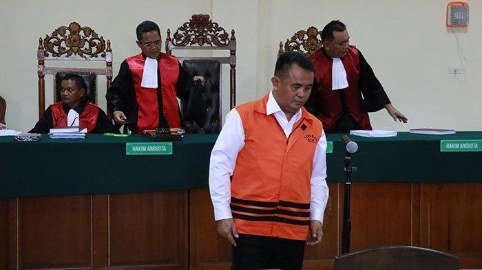 Mantan Bupati Bengkayang Suryadman Gidot Divonis 5 Tahun Penjara dan Denda Rp 200 Juta