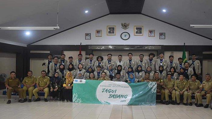 Bupati Gidot Harap Mahasiswa UGM KKN di Jagoi Babang Dapat Aplikasikan Ilmu