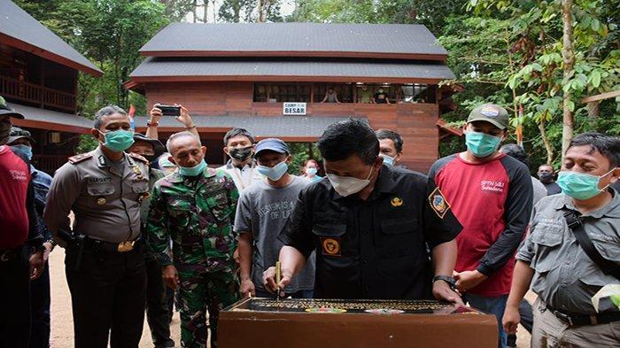 Bupati Citra Resmikan Pusat Konservasi Ekosistem Borneo di Taman Nasional Gunung Palung